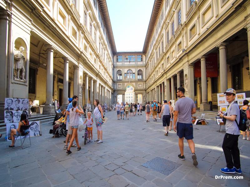 THE UFFIZI GALLERY Florence, Italy
