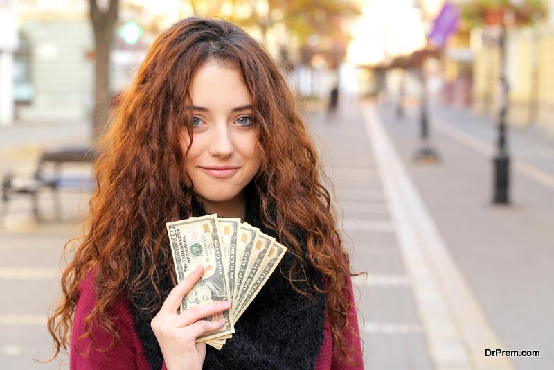 tourist-spend-dollars.