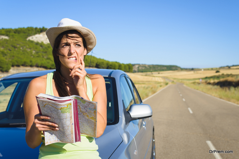 Safety precautions to take while going on a road trip