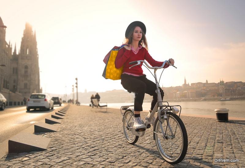 No riding bikes in Venice's city centre