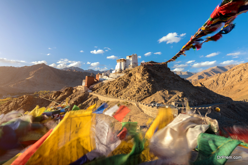 Visit the wonders of Leh Ladakh
