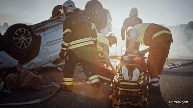 speeding car crash