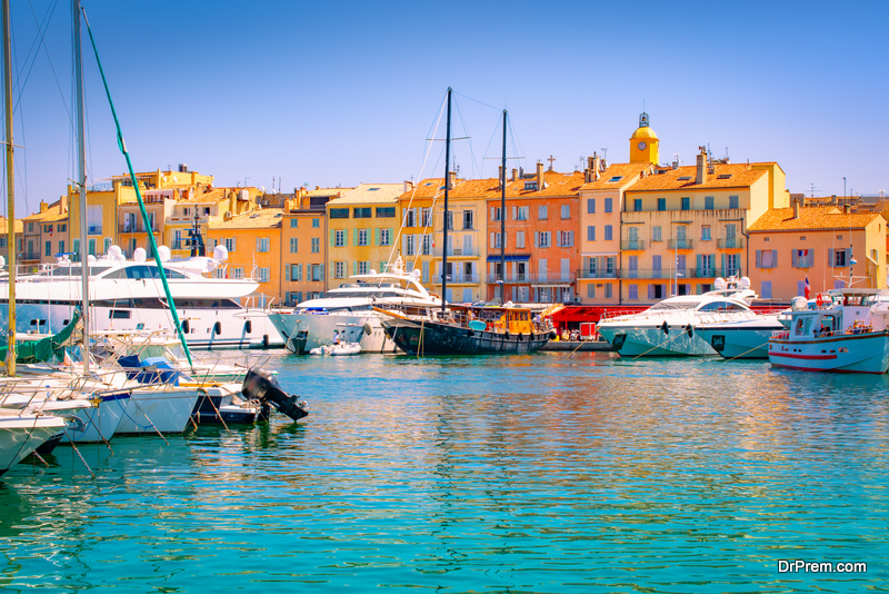 A Gourmet Yacht Charter in the French Riviera